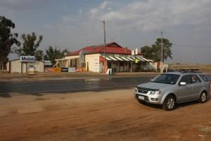 Cafe on border between SA and NSW