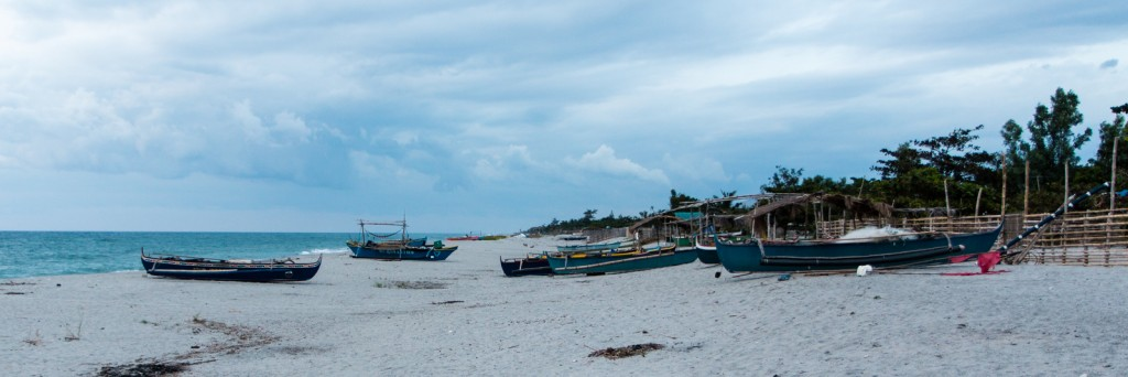 Fishing boats o n the beach at Laoag, Philippines